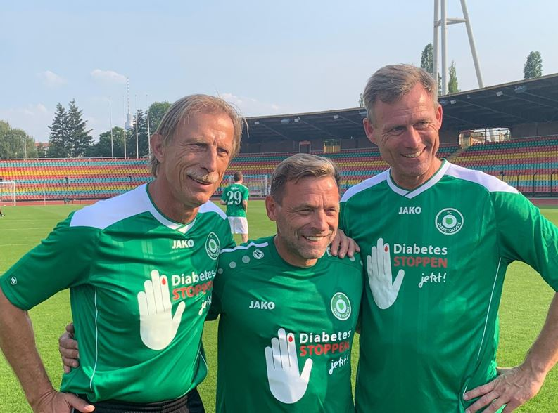 Fünfte Auflage des Klassikers FC Bundestag vs. FC Diabetologie in Berlin