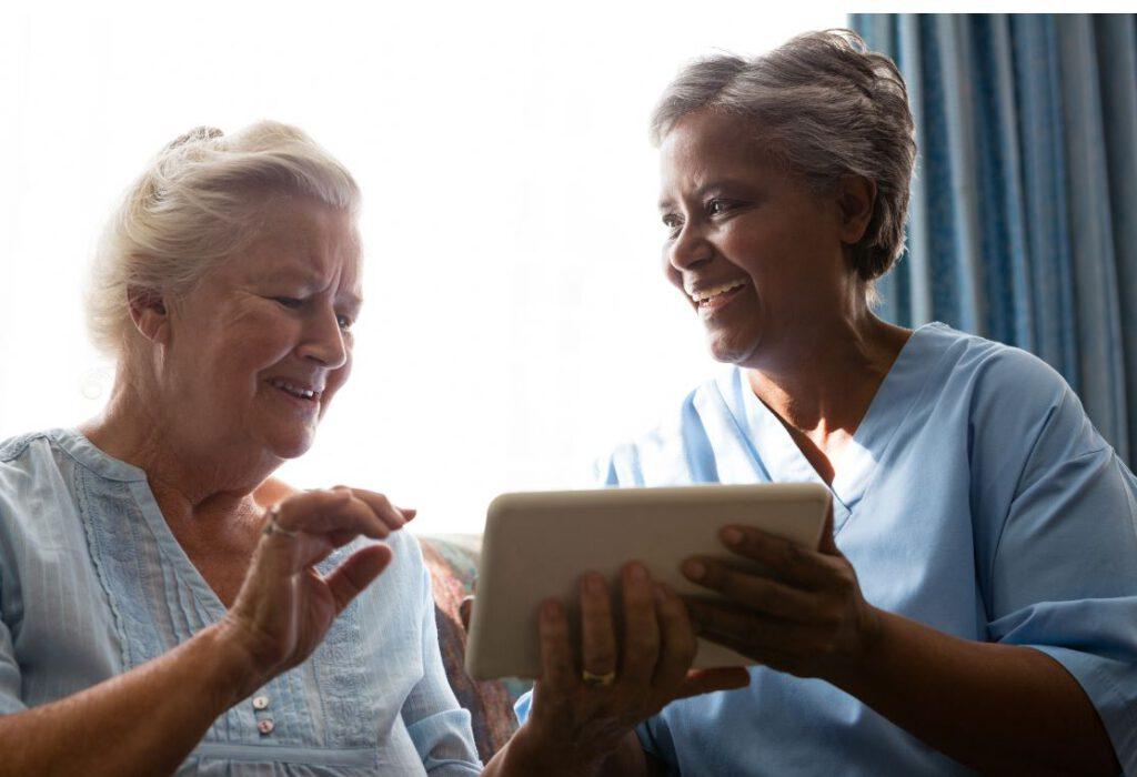 Beratung zum Thema Digitalisierung in der Altenpflege