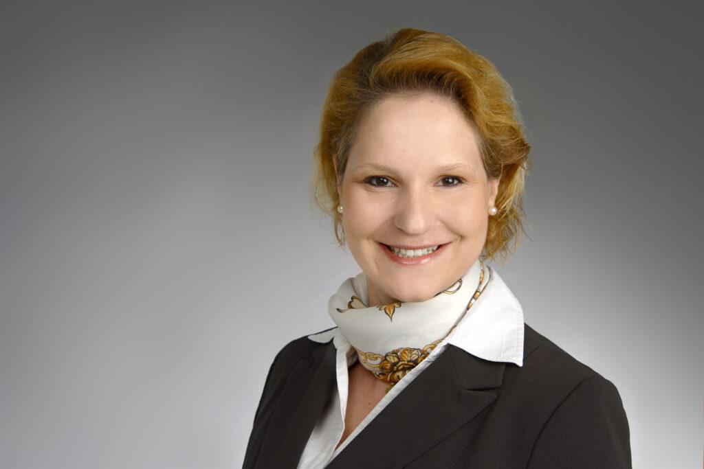 Anne Huffziger verstärkt das Beraterteam von rosenbaum nagy