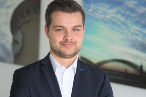 Berater Sebastian Satzvey von rosenbaum nagy